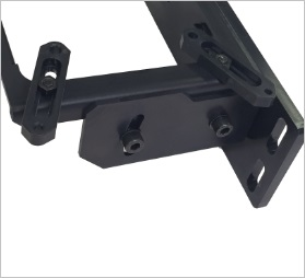 アルミフレームへ固定できる産業用カメラ取付治具、角度可変、装置搭載可能。
